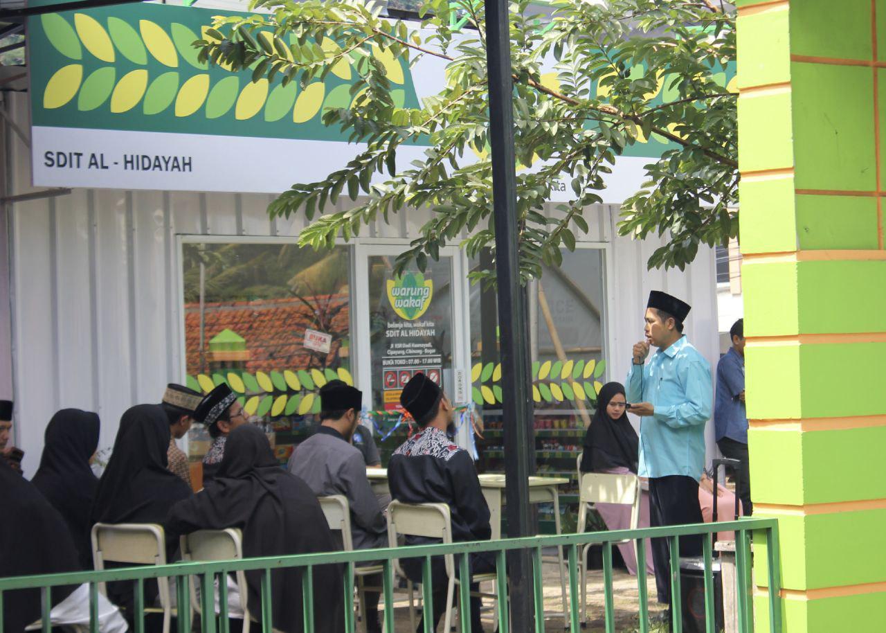 Peresmian dan Pembukaan Warung Wakaf SDIT Al-Hidayah Cibinong