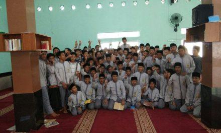 Pesantren SMPIT Al Hidayah kedatangan Syeikh 'Adil Haafidzahullah dari Yaman